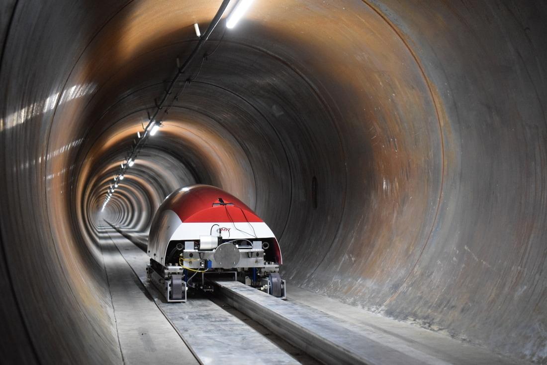 MIT Hyperloop capsule